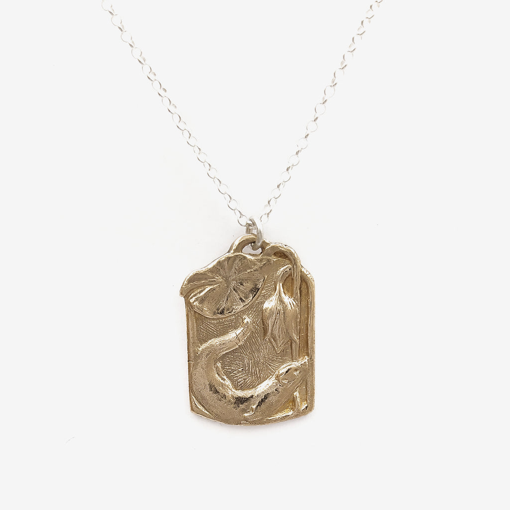 Otter pendant necklace | Bronze