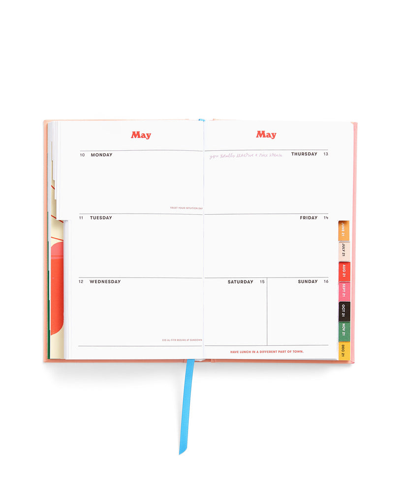 Classic 17-Month Academic Planner - Daisies