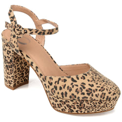 ROSLYNN SHOES Journee Collection Leopard 7