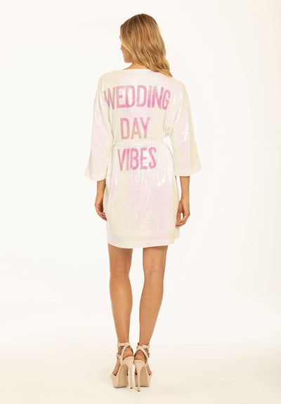 Hayley Paige Athleisure Robe - Wedding Day Vibes Backordered until December 7th.