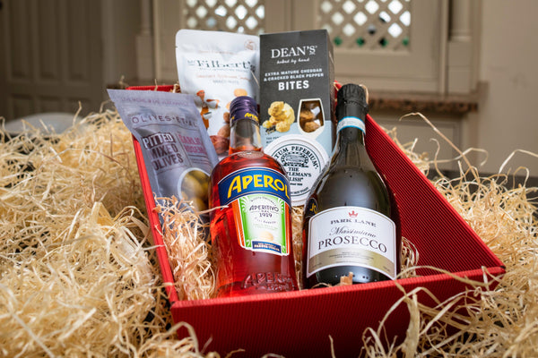 Personalised hamper with bottle of prosecco