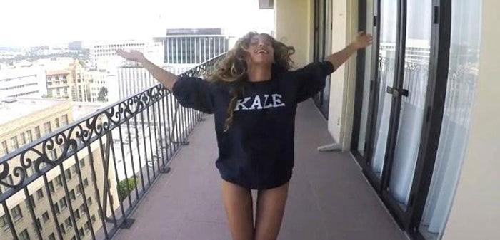 Kale Navy Willow Sweatshirt