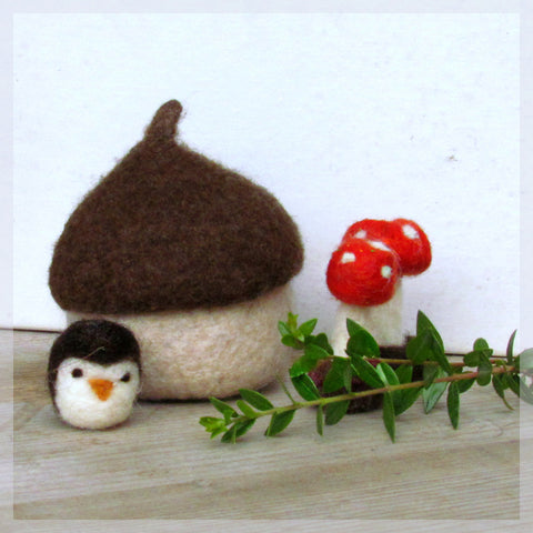 Felt acorn/owl and toadstool felted miniarures/Eco friendly toy/waldorf toy/nature table/felt play set