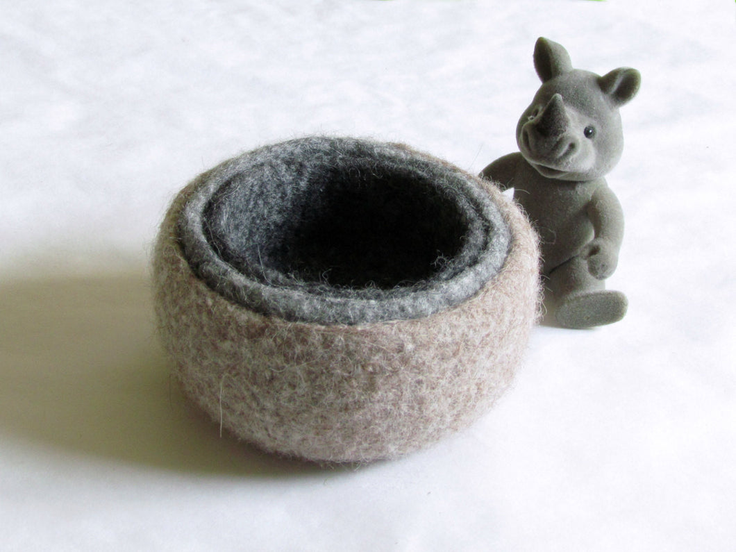 Felted wool bowlsNatural colors grey and beigeEco friendly