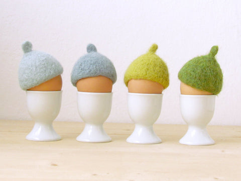 Egg cozy for Easter/Easter table decor/Egg warmers/felted acorn cap/Egg hat/rustic style/House warming gift/Set of 4