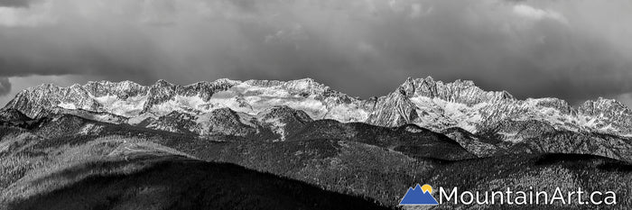 kokanee glacier park dramatic autumn panorama with snow