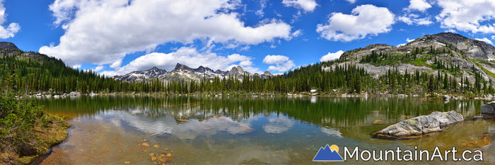 Drinnon Pass panorama, Wicca Lakes and Devil's Range Valhalla Park.