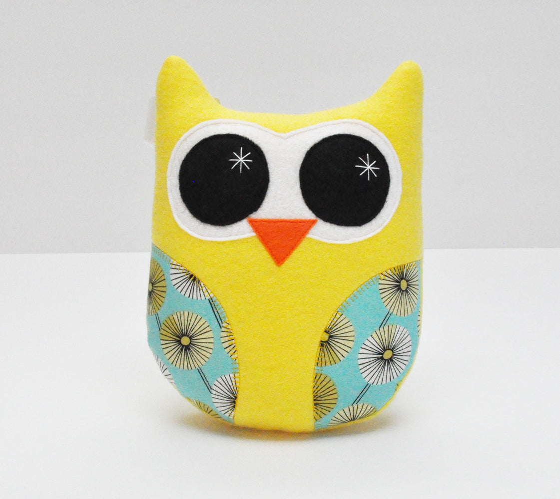 Gina Barnes: Owl Stuffy