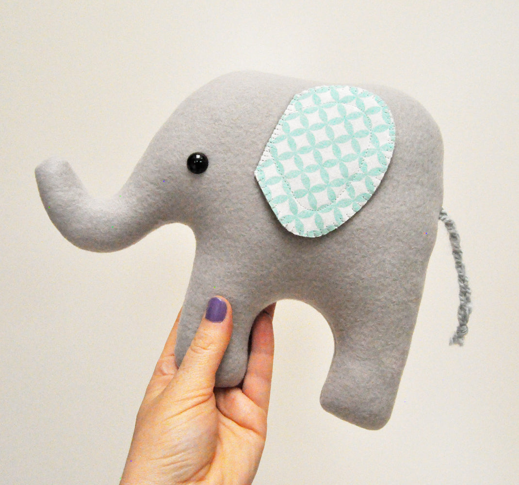Gina Barnes: Elephant Stuffy