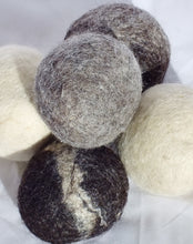 Plum Blossom Farm: Dryer Balls