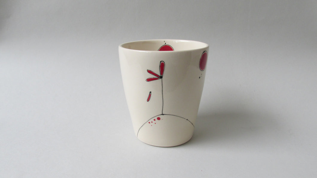 Chanda Beck: Large Cup with Red Balloons