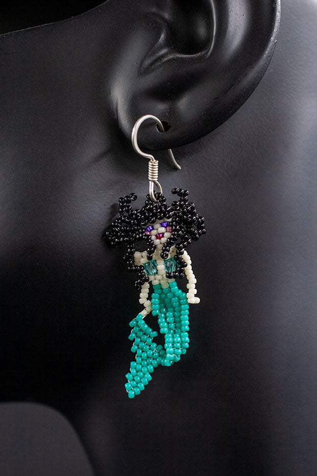 Huichol Center: Earrings-2