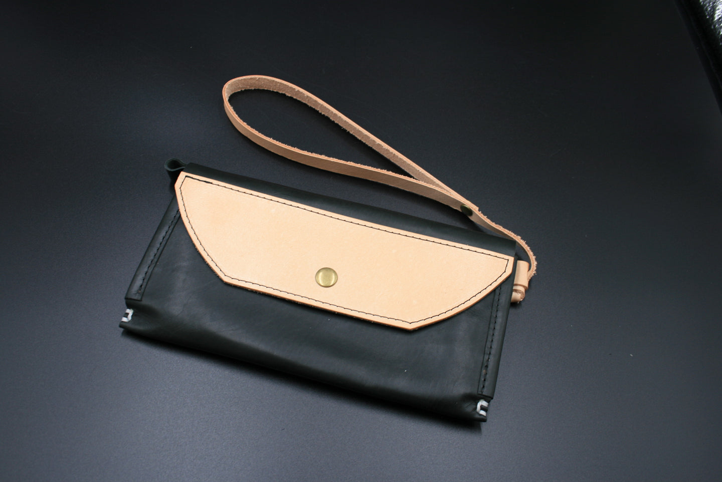 North & East Leather: Bailey Clutch Wallet