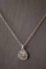 Judith Poe: Circle Necklace