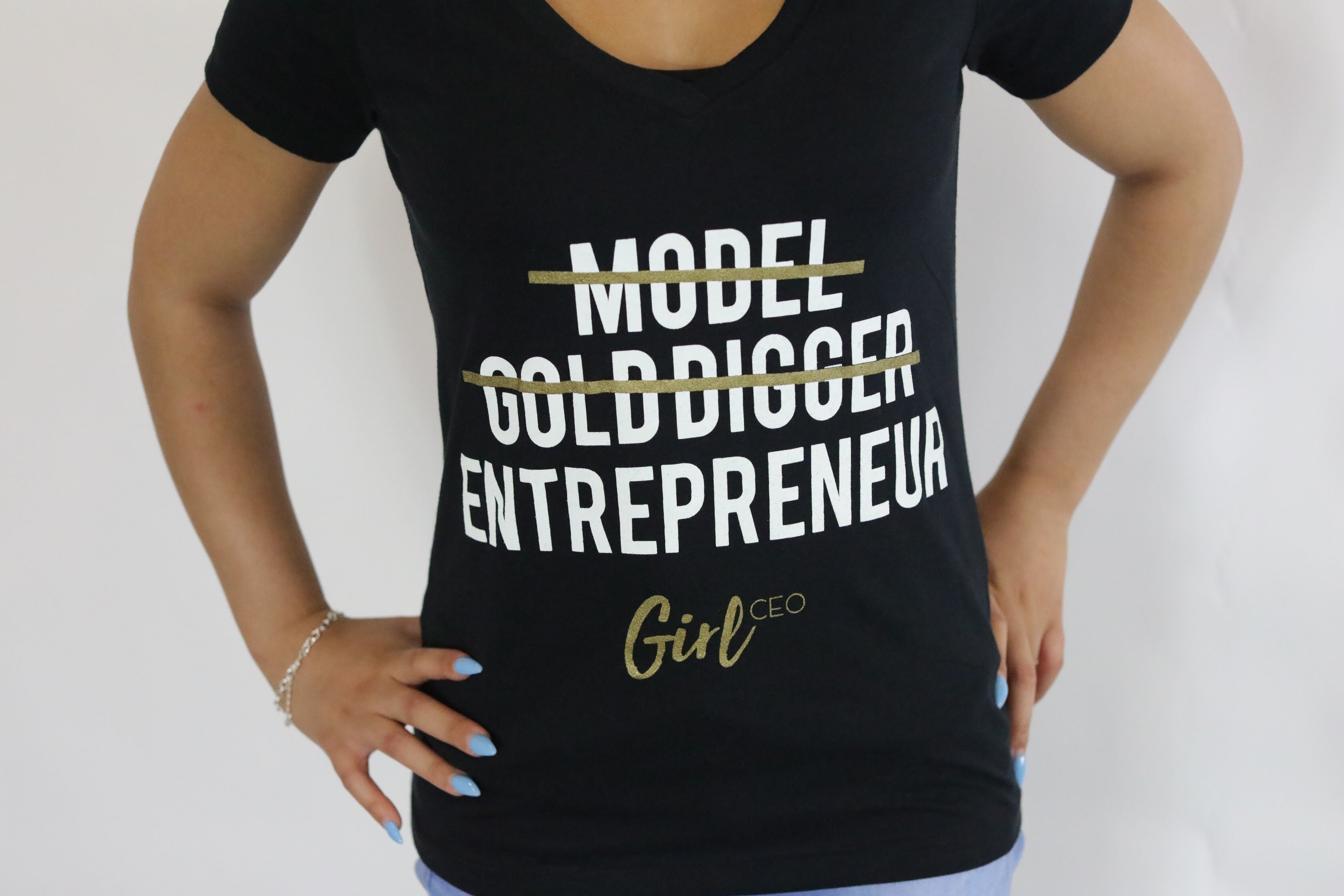 BLACK GIRL CEO CLASSIC V-Neck