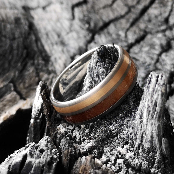 The Oval Oak - Oakwood Tungsten Ring