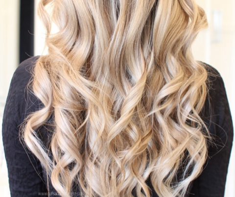 full curls hair idea for lunch date