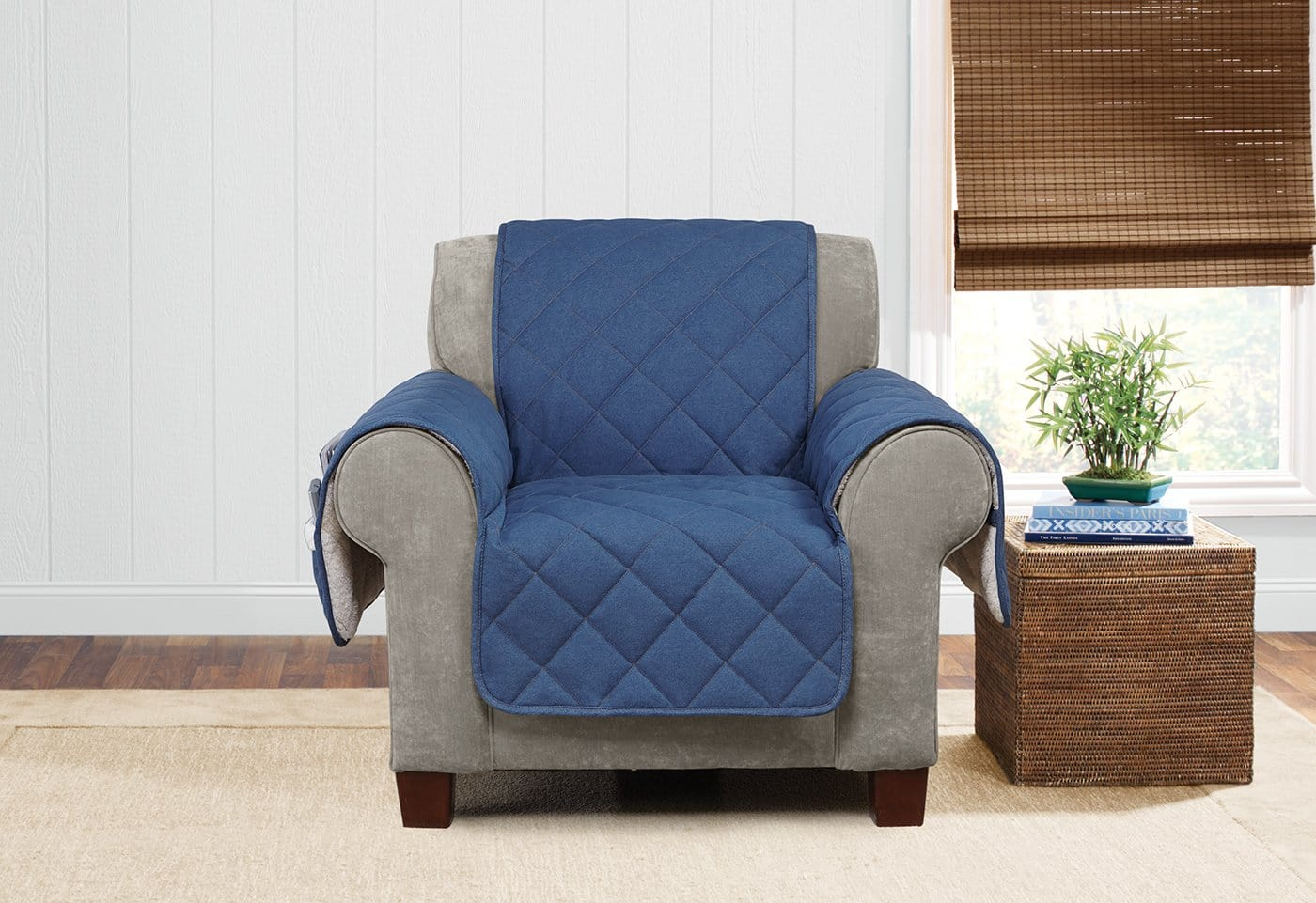 Denim & Sherpa Chair Furniture Cover 100% Polyester Pet Furniture Cover Machine Washable - Chair / Indigo