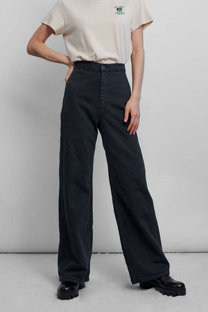 Levis - Wellthread Ribcage Wide Leg - Eclipse Mineral Black Hemp - Front