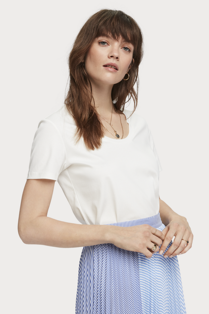 Scotch & Soda - Jersey Scoop Neck Tee - Off White - Front