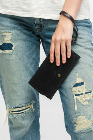 Able - Mare Phone Wallet - Black - Model