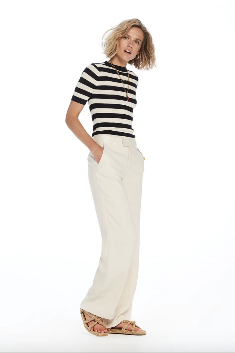 WIDE LEG PLEATED PANT
