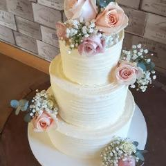 Buttercream Dream Wedding Cake