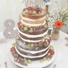 Naked Or Semi Naked Wedding Cake