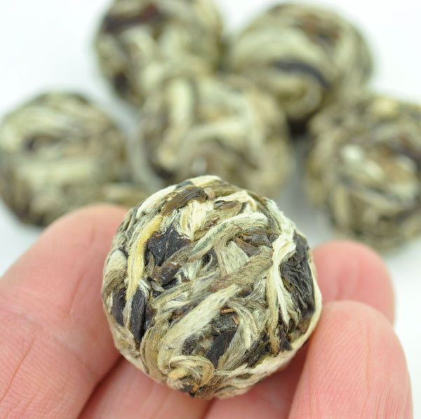"Yue Guang Bai ""Moonlight White"" White Tea Dragon Ball"