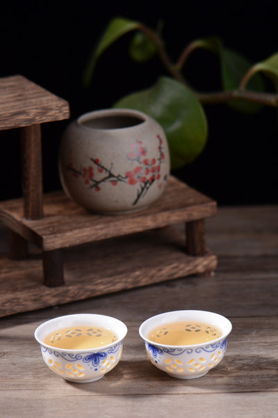 "2019 Yunnan Sourcing ""XY Blend"" Raw Pu-erh Tea Cake"
