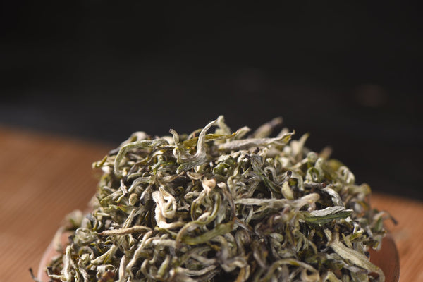 """Yu Luo"" High Mountain Pure Bud Green Tea"