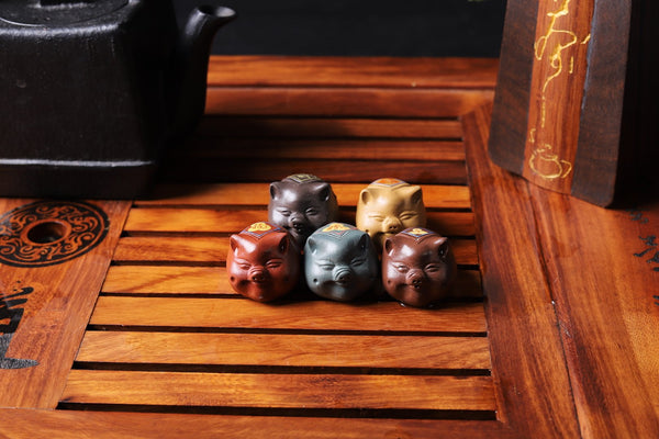 Five Pigs Clay Mascot Tea Pet Set
