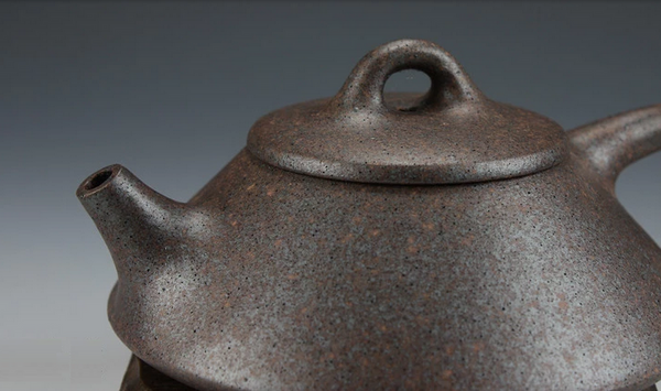 High Fired Old Duan Ni Clay Shi Piao Teapot * 140ml