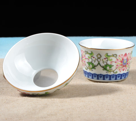 Foshan Qing Dynasty Style Mudan Strainer with Stand