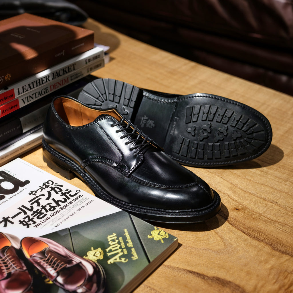 Alden x Brogue V-Tip Blucher (Black)