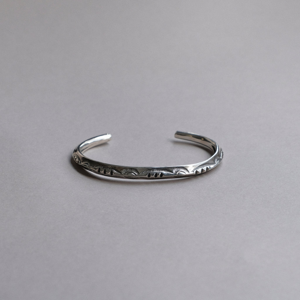 Larry Smith Thin Triangle Bracelet (3 Points)