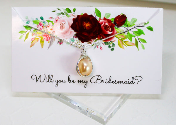 Off white pearl bridesmaid necklace