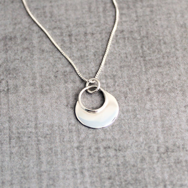 Sterling silver geometric circle necklace