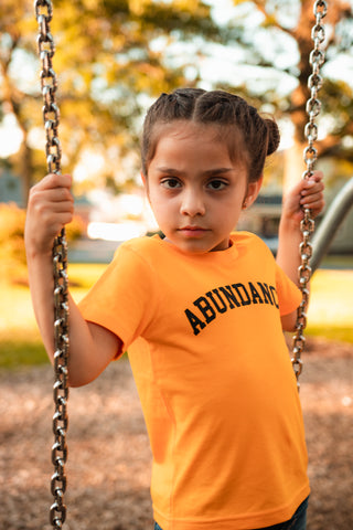 KIDS ABUNDANCE TEE - GOLD/BLACK