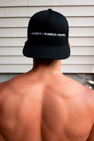 HUNGRY HUMBLE HAPPY 5 PANEL SNAPBACK - BLACK/WHITE/GOLD
