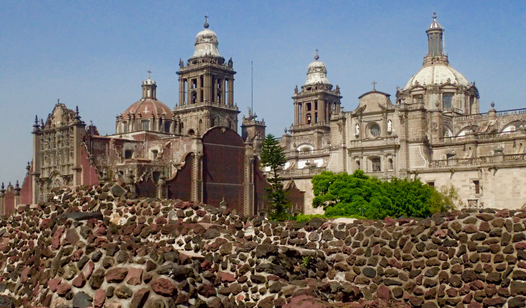 how to glimpse the ancient aztec empire in modern mexico city the