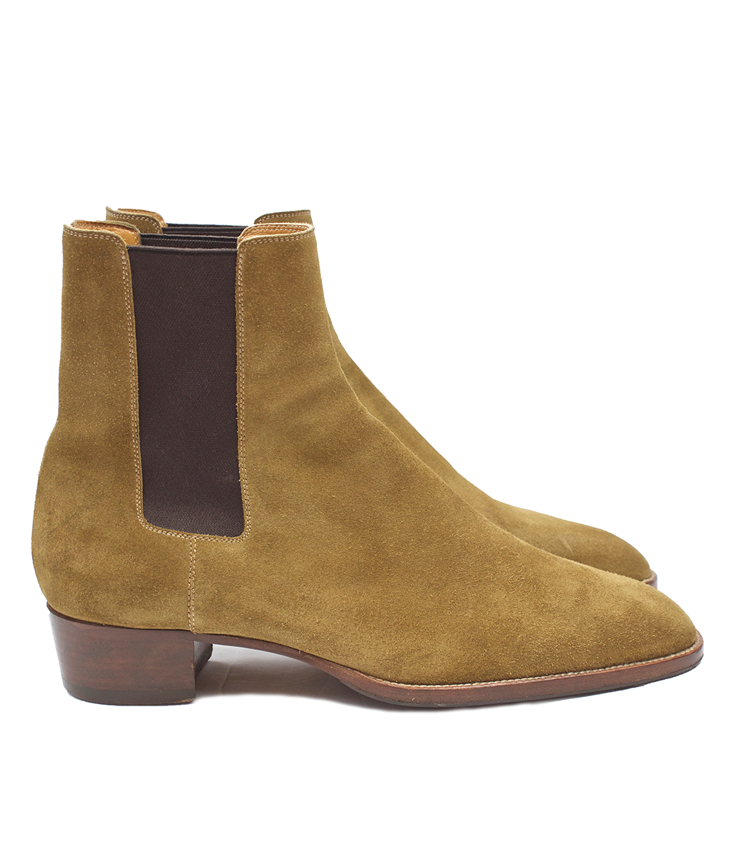 Saint Laurent Tan Suede 40MM Chelsea Boots – Antoinette Boutique bbbe18676