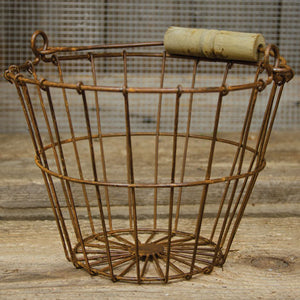 Aged Wire Egg Basket