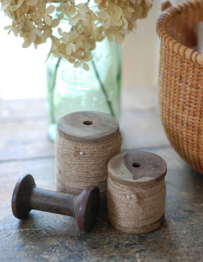 Wood Spool with Jute Ribbon, Set of two