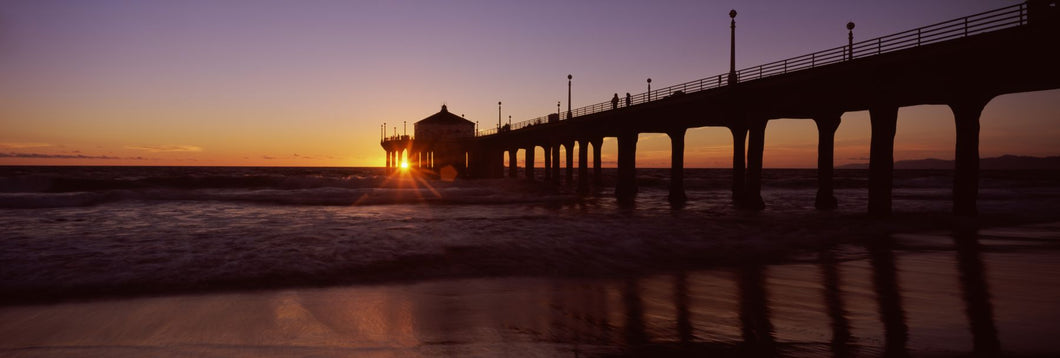 Silhouette of a pier, Manhattan Beach Pier, Manhattan Beach, Los Angeles County, California, USA