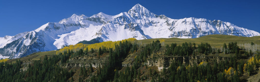 Low angle view of snowcapped mountains, Rocky Mountains, Telluride, Colorado, USA