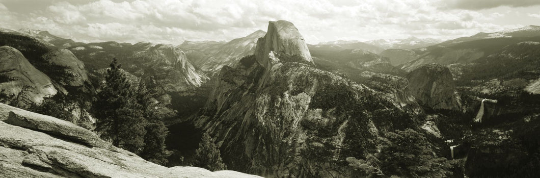 USA, California, Yosemite National Park, Half Dome