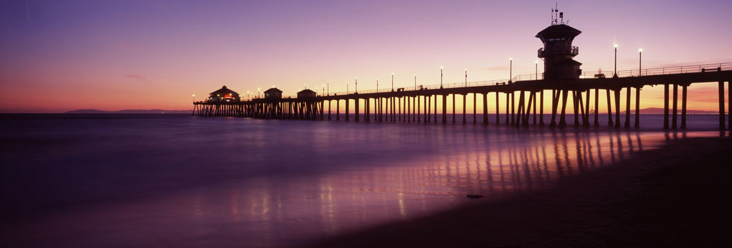 Pier in the sea, Huntington Beach Pier, Huntington Beach, Orange County, California, USA