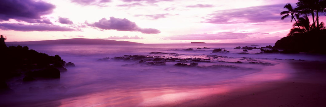 Maui Coast at sunset, Makena, Maui, Hawaii, USA