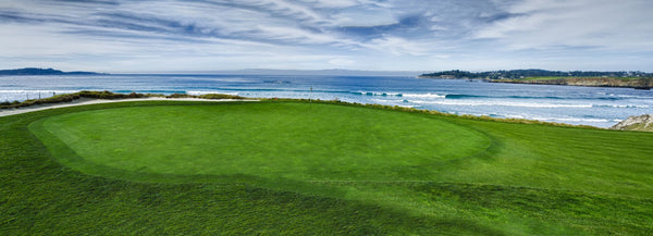 10th Hole at Pebble Beach Golf Links, Carmel Bay, Pebble Beach, California, USA